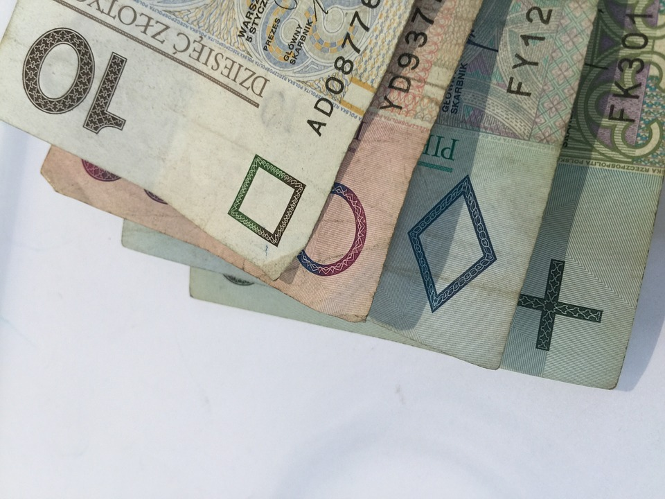 Kredyty gotówkowe na święta – jak nie dać się złapać w pułapkę?