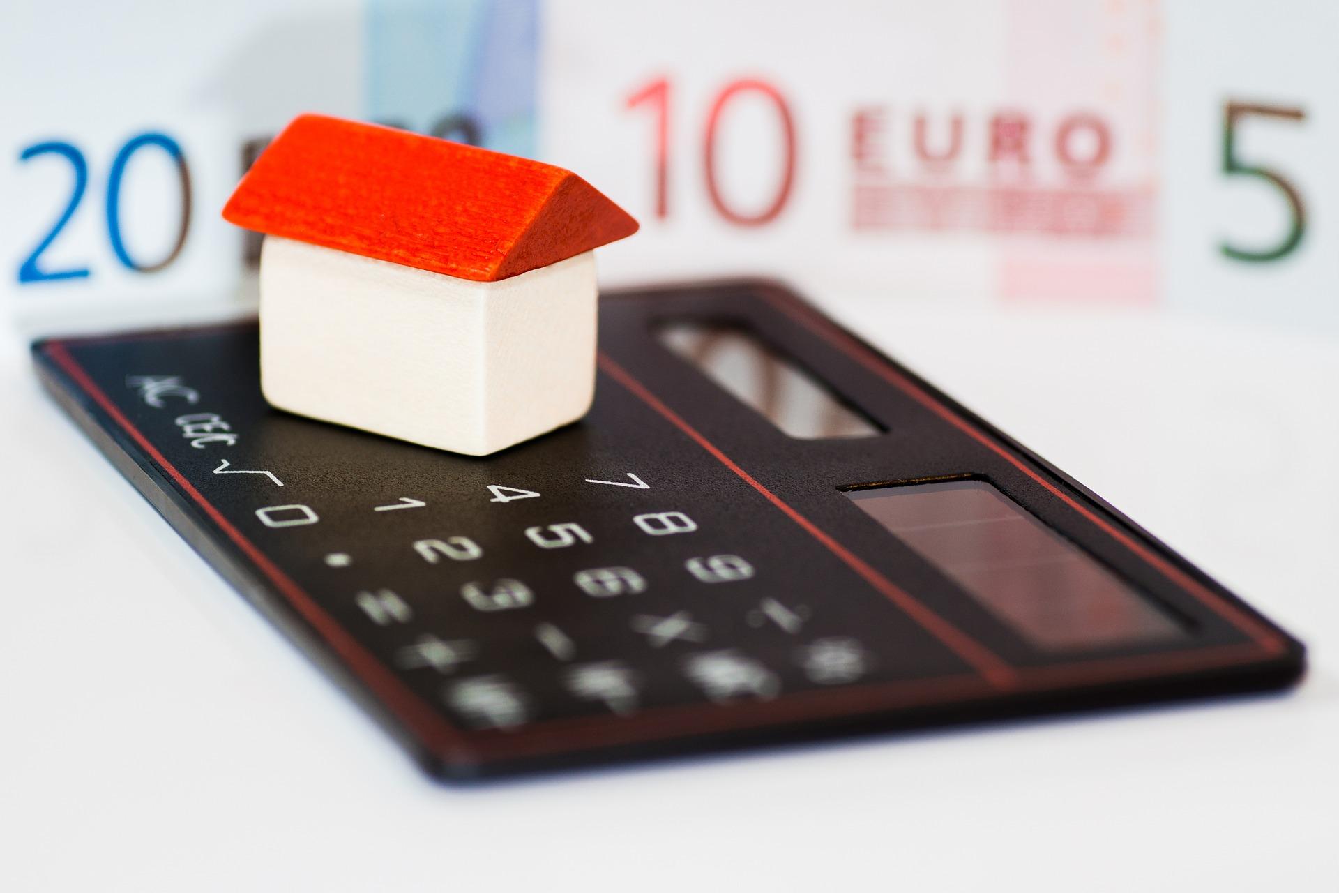Kredyty gotówkowe – co o nich wiedzieć trzeba?